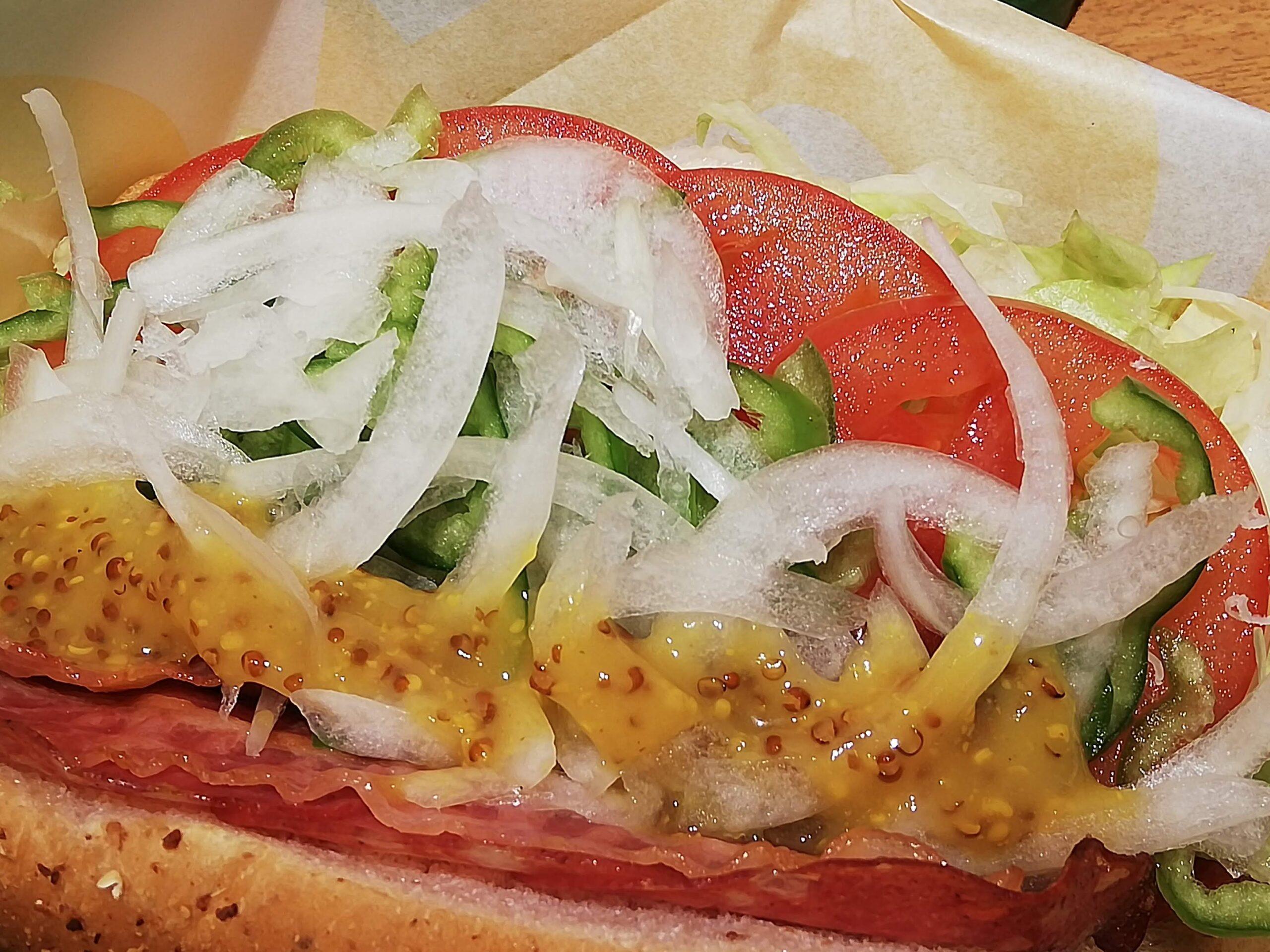 あごが痛くてサンドイッチ。